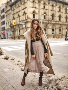 Neutral colours for Winter tulle skirt uniqlo blouse forever21 boots faiza inam sincerely humble 3