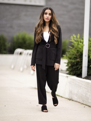 The Best Way to Dress for an Interview this Summer toronto interview summer professional looks how to seasonal fashion affordable fashion 5