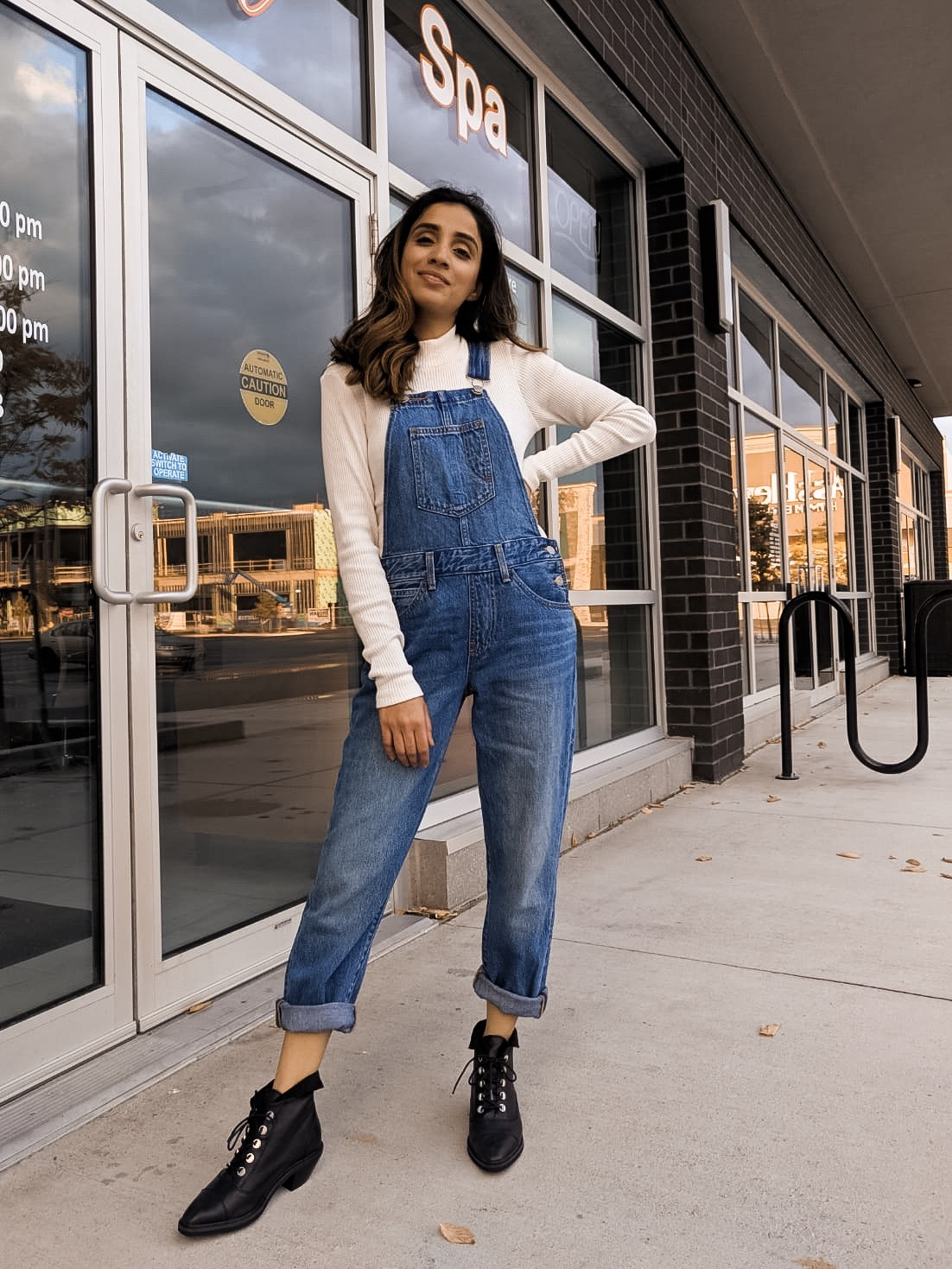 Your Ultimate Guide to Styling Overalls Sincerely Humble Lulus Faiza Inam How to Style sweater casual affordable fashion 2
