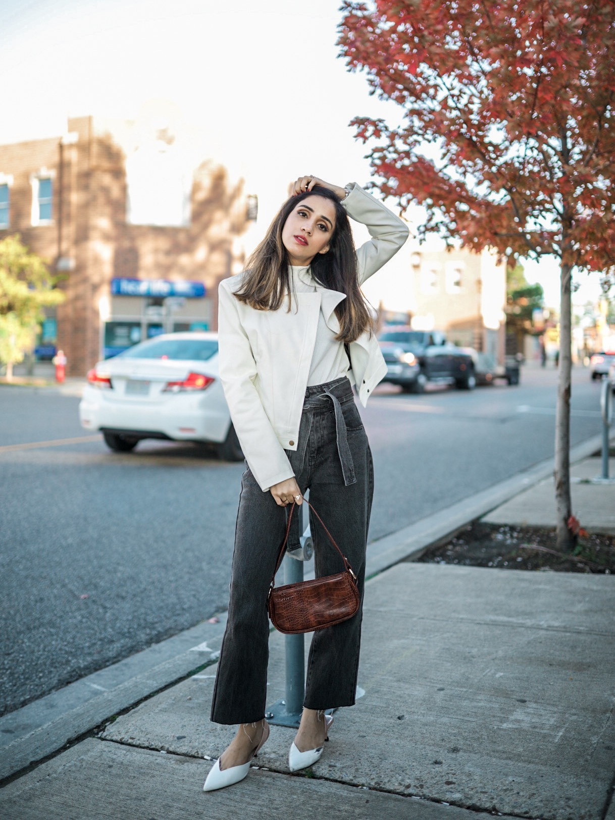 Fall Pieces To Make You Look Expensive Faiza Inam SincerelyHumble Blog Sincerely Humble Fall style fashion elegant fashion forward Lulus 1