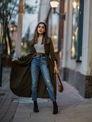 I Wear These Sweaters on Repeat Every Year Faiza Inam SincereluHumble Blog Asos Handbag Gucci Fall wear 2019 cozy fitted sweater 1