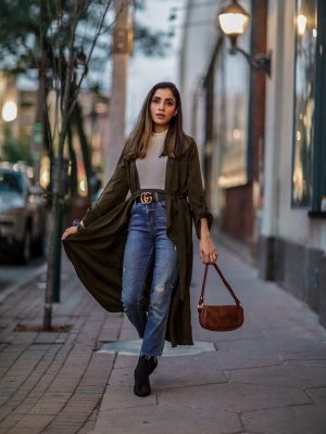I Wear These Sweaters on Repeat Every Year Faiza Inam SincereluHumble Blog Asos Handbag Gucci Fall wear 2019 cozy fitted sweater 2