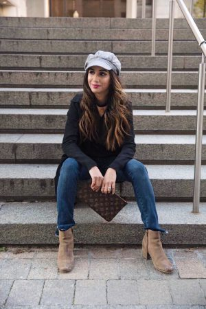 I-Wear-These-Sweaters-on-Repeat-Every-Year-Faiza-Inam-SincereluHumble-Blog-streetstyle-version-spoofstore-sweater-louis-vuitton-bakeboy-hat-fall-inspired-fall-look-2