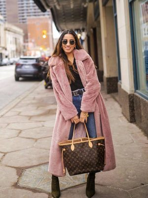 Coats That Will Keep You Cozy All Season Long faiza inam Sincerelyhumble blog winter style winterr look fall fashion affordable popular shaerling coat 4