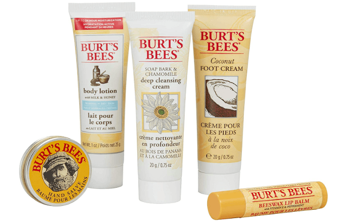 Burt's Bees Essential Everyday Beauty Gift Set Amazon Gifts for her holiday gift guide 2019