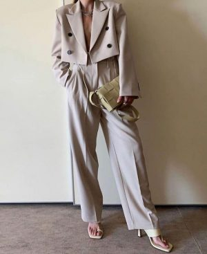 2020-Fall-Trends-I-am-Excited-About-pinterest-inspo-cropped-blazers-jackets-2