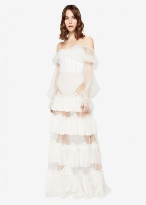 2020-Fall-Trends-I-am-Excited-About-pinterest-inspo-sheer-overlay-statement-1