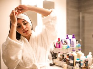3-Anti-Aging-Products-You-Need-in-Your-Skincare-Routine-Faiza-Inam-sincerelyhumble-retinol-sunscreen-vitamin-c-a
