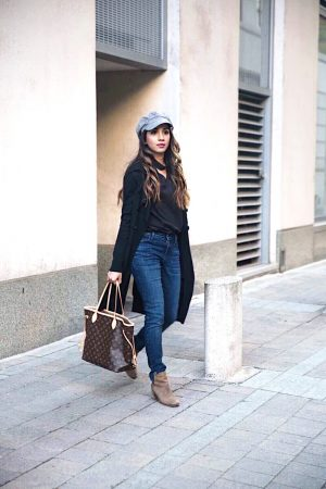 5-Fall-Staples-You-Need-in-Your-Closet-sincerelyhumble-faiza-inam-fall-wardrobe-staples-look-2020-must-haves-full-look-