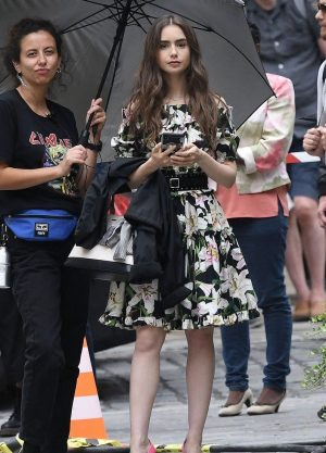 How to Dress like you are Emily in Paris Lily Collins Parisian look how ro dress guide looks blazers dresses tweed plaid 5