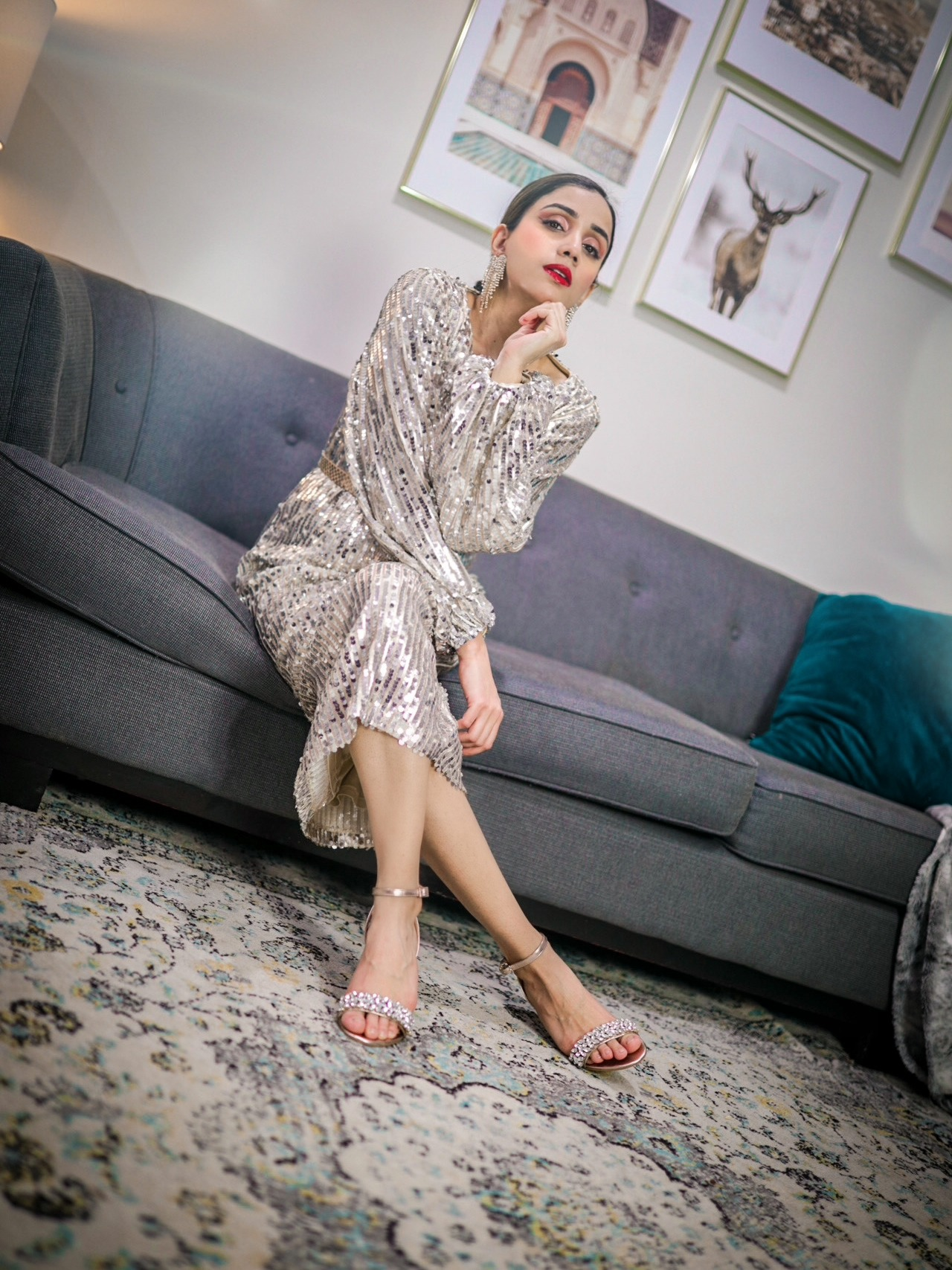 Your Valentine Day Outfit Ideas Guide Outfit idea V day romantic cozy date Faiza Inam 4