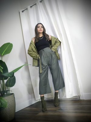 Style Secrets Every Classy Woman Should Know Monchrome look army green spring colors 5