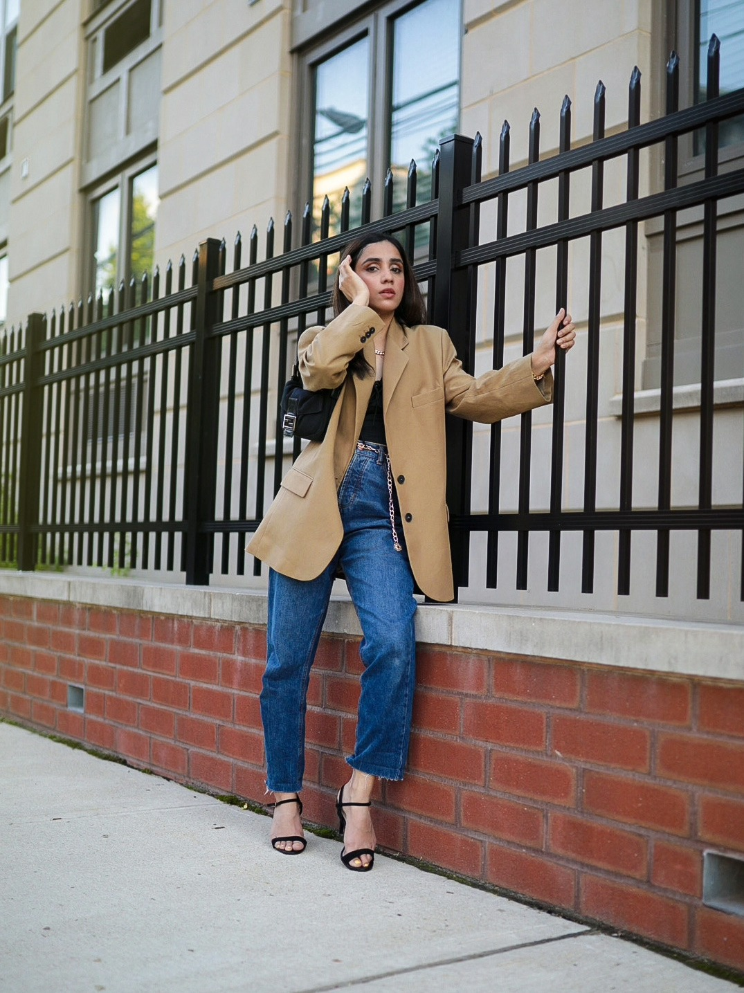 Under $50 Trends That Won't Disappoint This Summer blazer beige camel zara jeans classic look expensive look Faiza Inam pinterest 2
