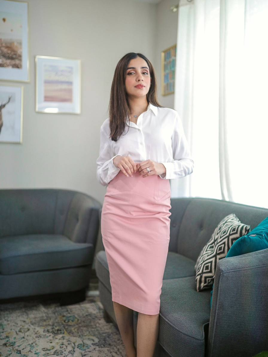 How I Style My Wardrobe Basics for a Classy Look button down shirt pencil skirt 11